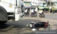 Xe bồn chở xăng tông xe máy chở 3, một người tử vong