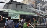 Cháy lớn cạnh Trung tâm chăm sóc sức khỏe sinh sản Sóc Trăng