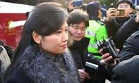 Nữ ca sĩ xinh đẹp nổi tiếng Triều Tiên Hyon Song Wol đến Singapore