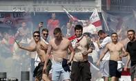 Anh 'hỗ trợ' an ninh Nga bằng cách buộc các hooligan 'ở nhà'