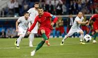 Ronaldo lập hattrick, giành lại một điểm cho Bồ Đào Nha trong trận cầu mãn nhãn