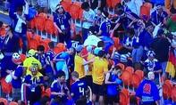 Tính tự giác của người Nhật 'lây lan' trên khán đài World Cup