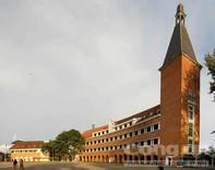 Những trăn trở ở ngôi trường là di sản kiến trúc thế giới