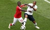Pháp và Đan Mạch đi tiếp trong trận đấu tẻ nhạt không bàn thắng