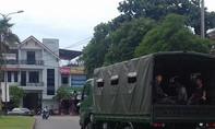 Cảnh sát cơ động điều 3 xe chuyên dụng chở thí sinh đi thi