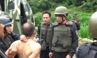 """Đấu súng quyết liệt bắt các gã trùm ở """"thủ phủ ma túy"""" Loóng Luông"""