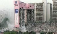 Ngày này 23 năm trước: Hơn 500 người chết do sập cửa hàng bách hóa