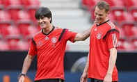 Joachim Loew mạo hiểm với Manuel Neuer