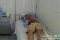 Hai người trọng thương từ việc trẻ con ói sữa trên xe khách
