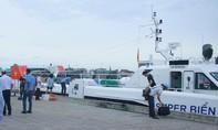 Điều 13 tàu cao tốc để đưa 2.000 khách ở Lý Sơn vào đất liền
