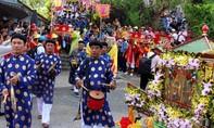 Cả chục ngàn người dự lễ phục hiện rước Bà Chúa Xứ núi Sam