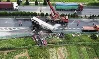 Tai nạn thảm khốc trên cao tốc, 32 người thương vong