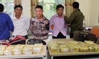 Ba tổ trinh sát giăng lưới bắt nhóm vận chuyển 25kg ma túy