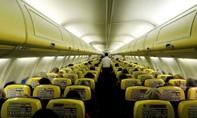 Máy bay lại mất áp suất cabin khiến nhiều người bị thương