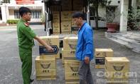 Bắt hơn 15.000 bao thuốc lá nhập lậu