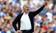 Mourinho củng cố hàng thủ
