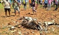 Tiêm kích MiG-21 lao xuống đất, phi công tử nạn