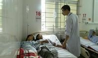 Bốn người trong gia đình nhập viện vì ăn nấm rừng