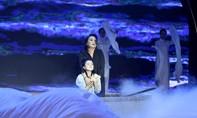 NSƯT Thoại Mỹ rơi nước mắt trước vở kịch của đạo diễn Minh Nhật
