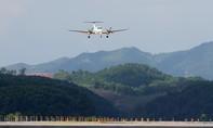 Phía sau chuyến bay đầu tiên hạ cánh xuống cảng HKQT Vân Đồn