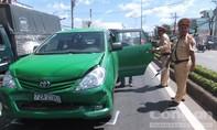 Ba ô tô tông liên hoàn, nhiều hành khách hoảng loạn