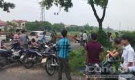 Thanh niên gục chết bất thường bên xe máy