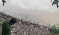 Cứu 3 người trên sông Đồng Nai, 1 cháu bé tử vong