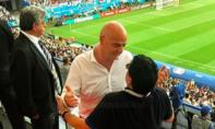 Diego Maradona xin lỗi FIFA vì xúc phạm trọng tài