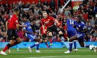 Luke Shaw ghi bàn, Man Utd khởi đầu may mắn