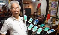 U70 luôn mang theo 11 điện thoại để bắt... Pokemon