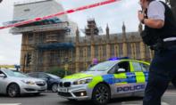 Cảnh sát Anh bắt tài xế lao xe vào toà nhà nghị viện