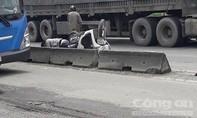 Nữ sinh chết tức tưởi khi nam sinh chạy xe máy vào làn ô tô