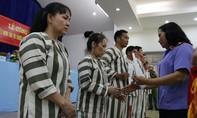 Hơn 20 phạm nhân ở Trại tạm giam Chí Hòa được đoàn tụ với gia đình