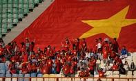 Người hâm mộ ngất ngây trước chiến thắng của Việt Nam trước Nhật Bản