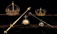 Dùng thuyền máy đánh cắp vương miện hoàng gia Thuỵ  Điển