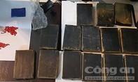 Phá đường dây mua bán hàng ngàn bánh heroin xuyên quốc gia