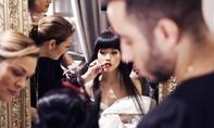 Jessica Minh Anh mang thời trang Việt đến Paris