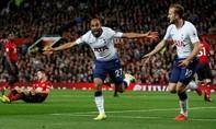 Thua thảm trước Tottenham, ghế của Mourinho lung lay dữ dội