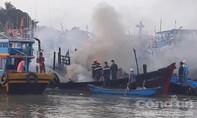 Tàu cá bị cháy do rò rỉ khí gas, thiệt hại tiền tỷ