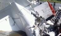 Máy bay lao xuống sông, 17 người thiệt mạng