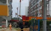 Xe trộn bê tông đổ trúng đường dây điện KĐT Becamex
