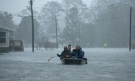 Chùm ảnh bão Florence 'nhấn chìm' bờ Đông nước Mỹ