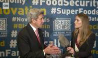 Trump 'nổi xung thiên' vì cựu ngoại trưởng Kerry gặp quan chức Iran