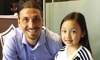 Bé gái 7 tuổi gây ấn tượng bằng màn hát quốc ca tại giải bóng đá Mỹ