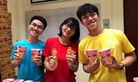 Đoàn SSEAYP Việt Nam 45 mang niềm vui cho bệnh nhân và trẻ em