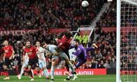 Thua trên chấm penalty, Man Utd bị loại khỏi Cúp Liên đoàn Anh