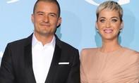Cặp đôi Orlando Bloom - Katy Perry sánh đôi trên thảm đỏ