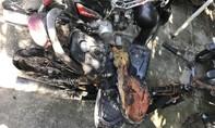 Xe máy bị đốt trước trụ sở UBND phường