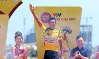 Tay đua trẻ Nguyễn Đắc Thời xuất sắc bảo vệ thành công áo vàng