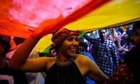 Ấn Độ bỏ lệnh cấm quan hệ tình dục đồng giới